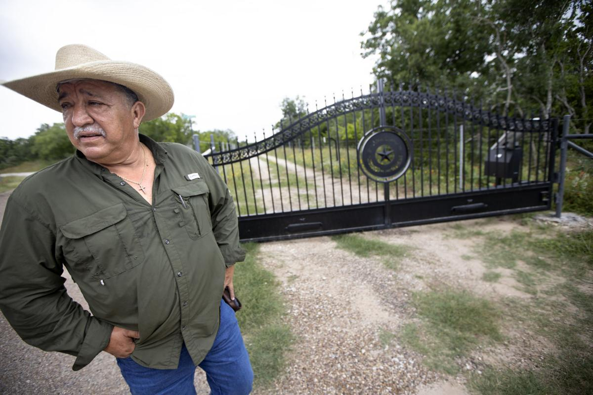 Residents upset after being denied access to Goliad cemetery