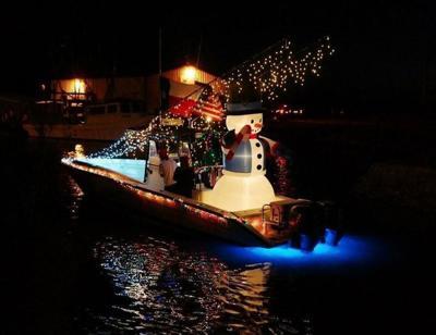 Port O'Connor boat parade dazzles Intracoastal Way