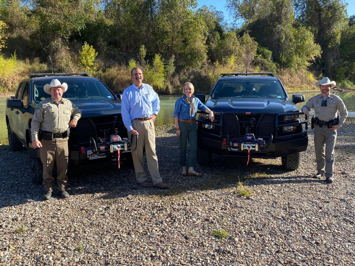 Victoria County game wardens receive winches from 100 Club