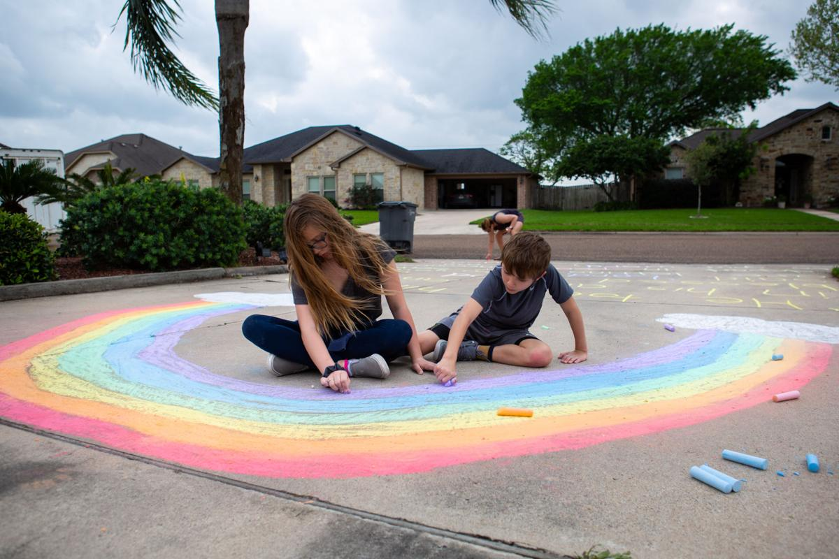 Family shares positive messages through chalk art