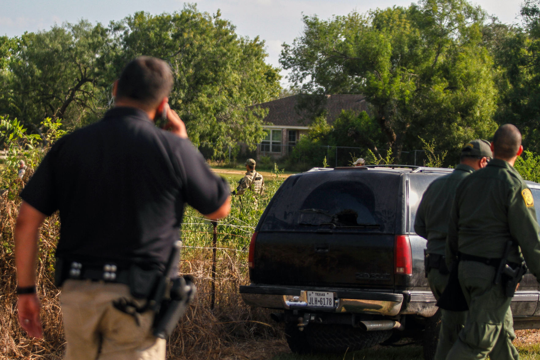 Victoria Sheriffu0027s Deputies Search For 9 On Fleming Prairie Road