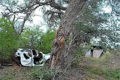 20-year-old dies in DeWitt crash on 183 south of Cuero   DeWitt
