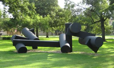 New Sayre sculpture coming to UHV campus