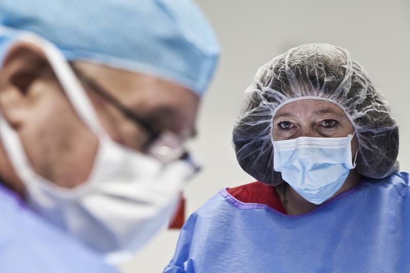 Victoria plastic surgeon introduces new liposuction to Crossroads