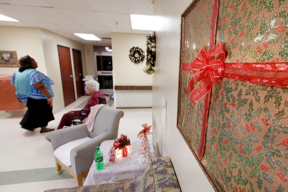 Family Members Volunteer Decorate Nursing Home Hall Home Decorators Catalog Best Ideas of Home Decor and Design [homedecoratorscatalog.us]