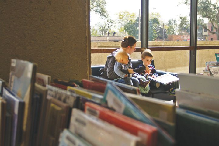 Victoria Public Library sees traffic increase during holidays
