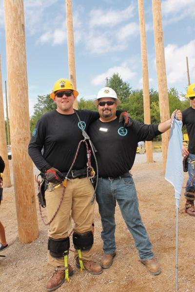 Tennessee lineman dies in Hurricane Harvey relief effort  62decfaf851c
