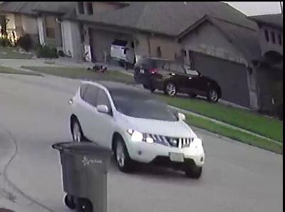 Victoria Crime Stoppers searching for burglary suspect