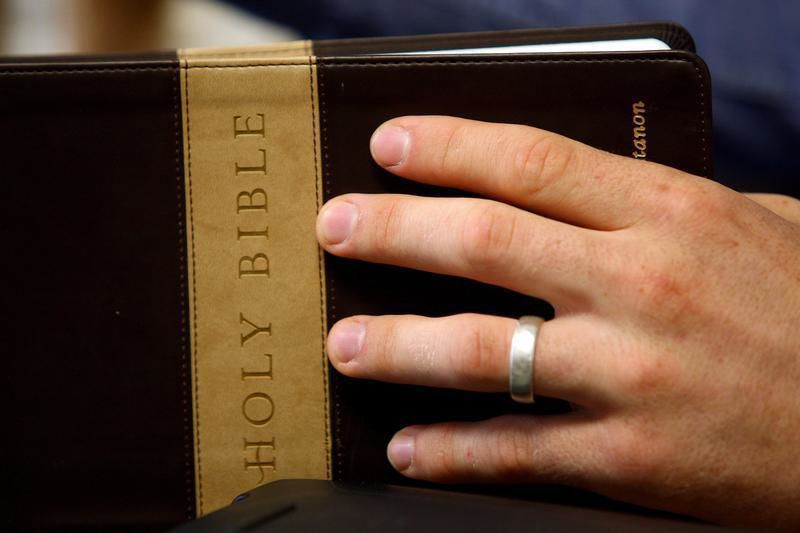 Missionary couple brings 'Bibles to Peoples'