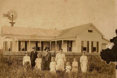 My history: Paul and Olga Ladewig Kimmel family at their home in Gruenau, DeWitt Co., Texas