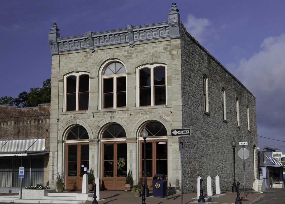 Hallet Oak Gallery