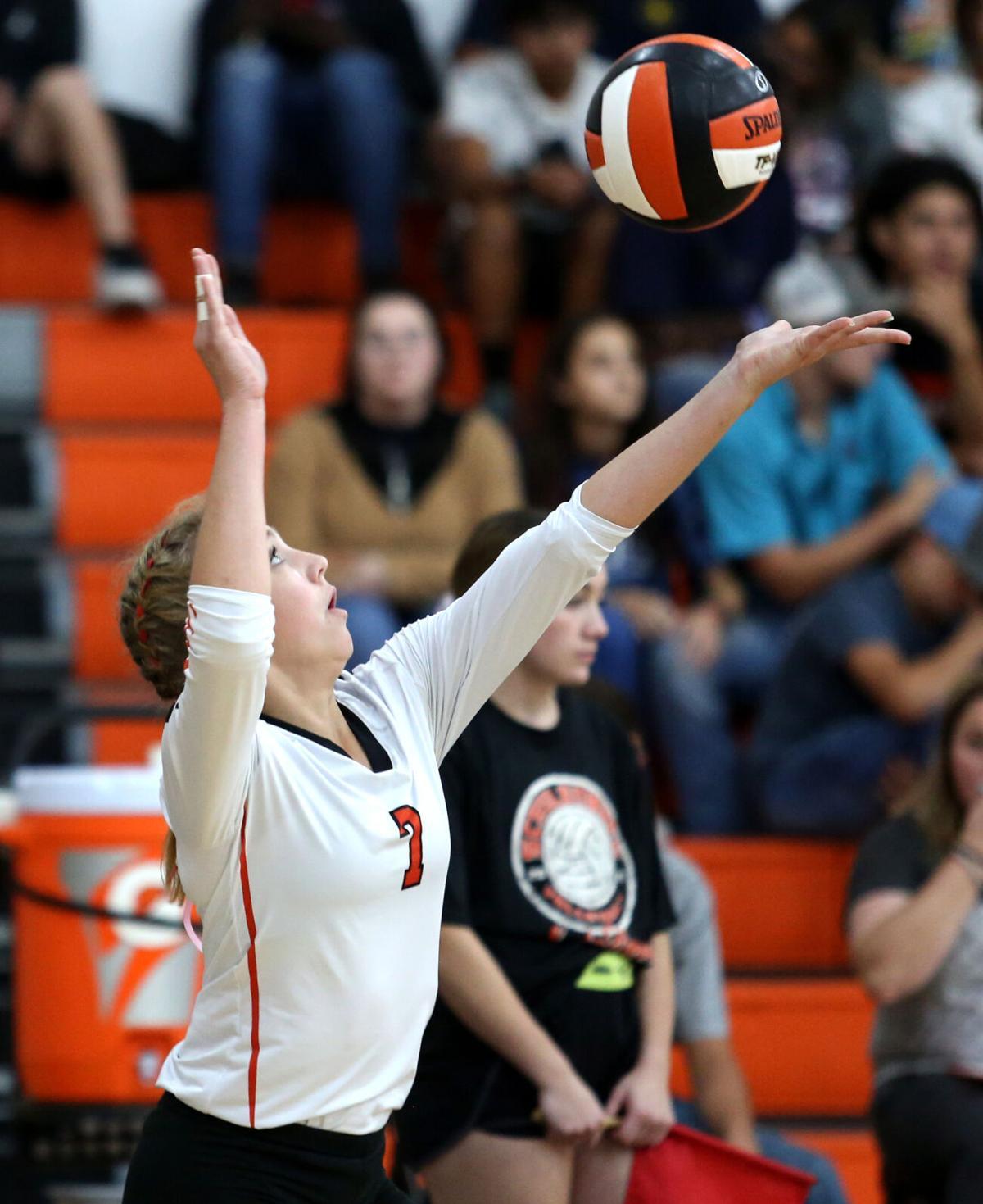 Shiner vs. Schulenburg Volleyball