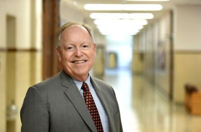Dr. Bruce Bauknight