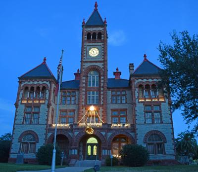 DeWitt County Courthouse