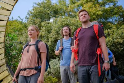 Florence Pugh, Vilhelm Blomgren, and Jack Reynor star in 'Midsommar'