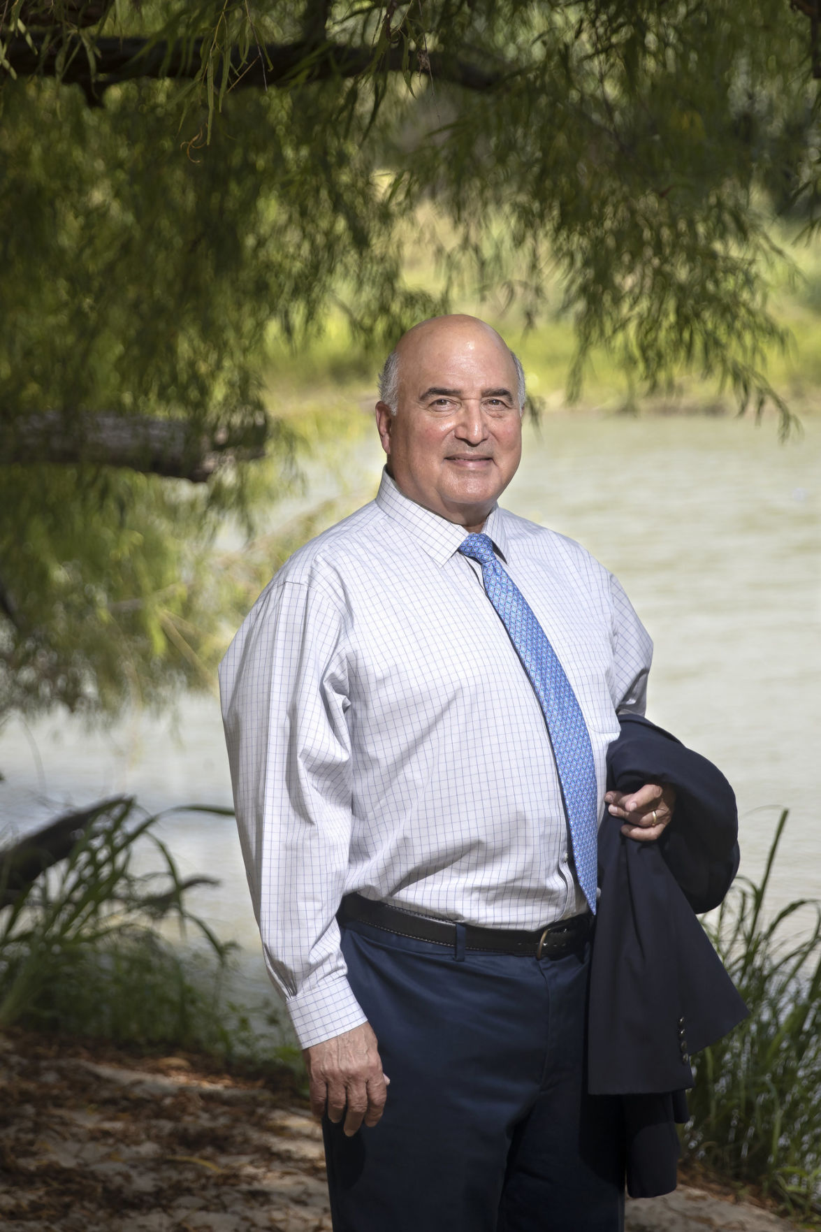 Garza retires after 18 years as Victoria's spokesman