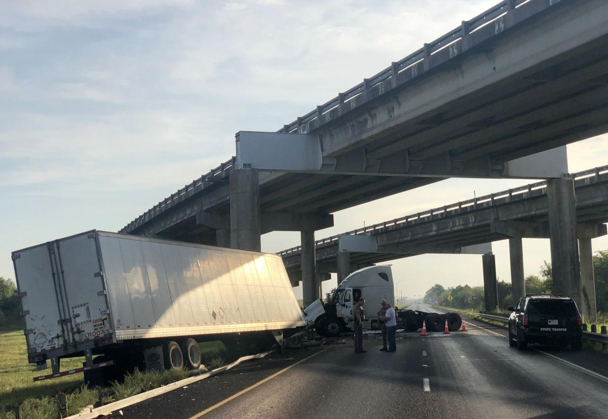 US 59 Business closed after one-vehicle crash