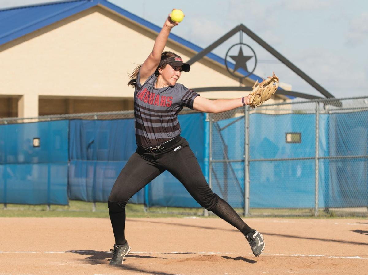 UHV splits non-conference doubleheader with Texas Southern