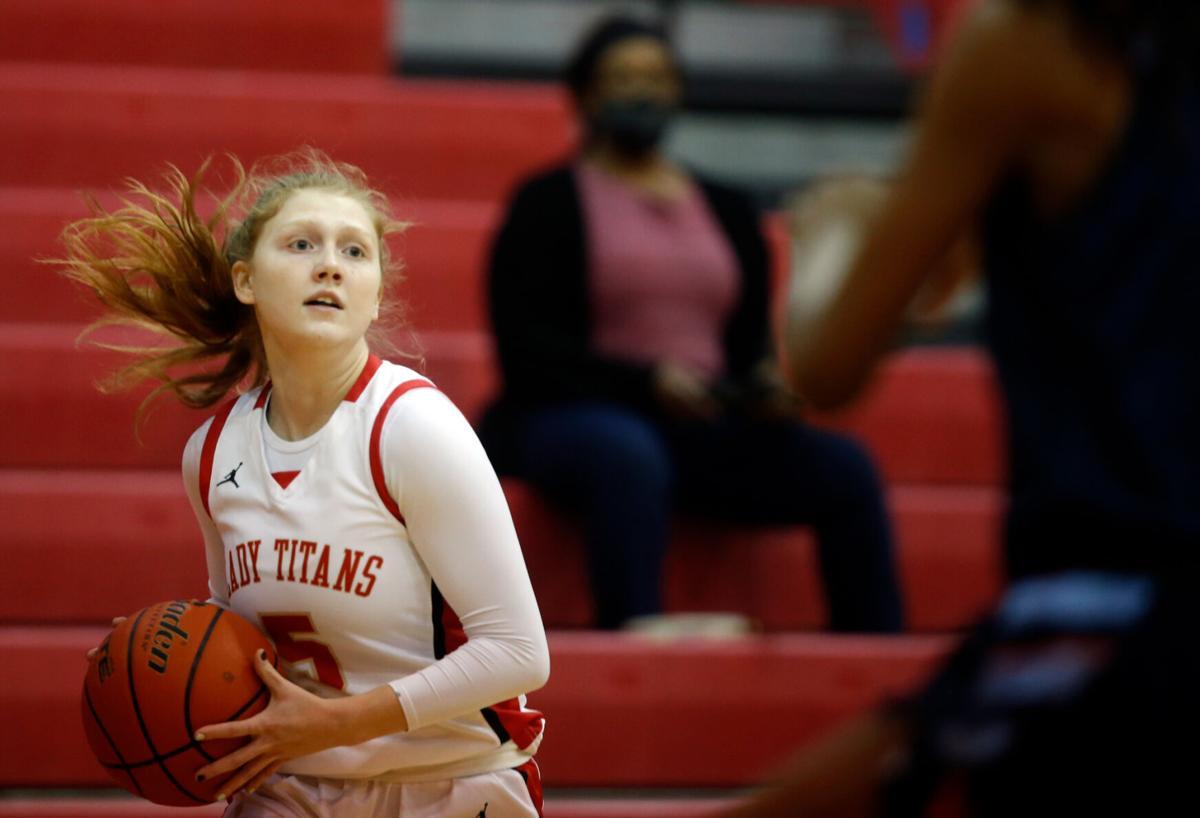 Victoria East vs Corpus Christi Carroll Girls Basketball