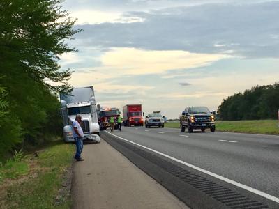 Woman hurt in crash on U.S. 59 near FM 444