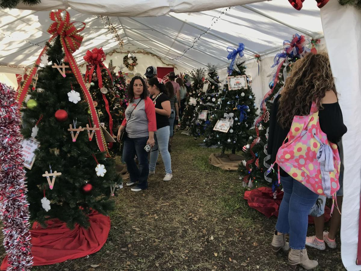 Christmas Tree Project shines at Christmas in Goliad
