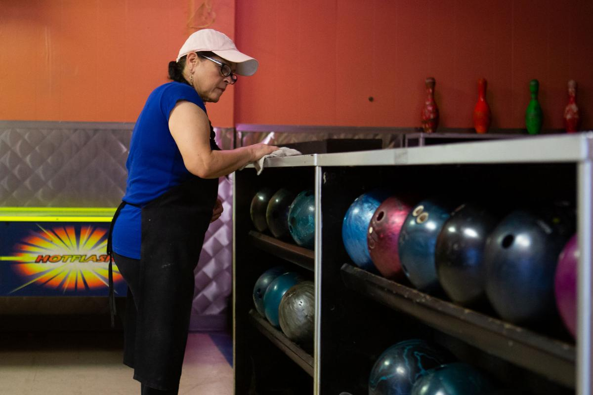 Raven's at the Woodlawn preps bowling alley to reopen