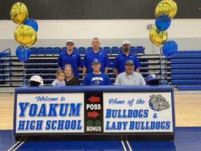 Yoakum's Pakebusch signs with Texas A&M-Kingsville