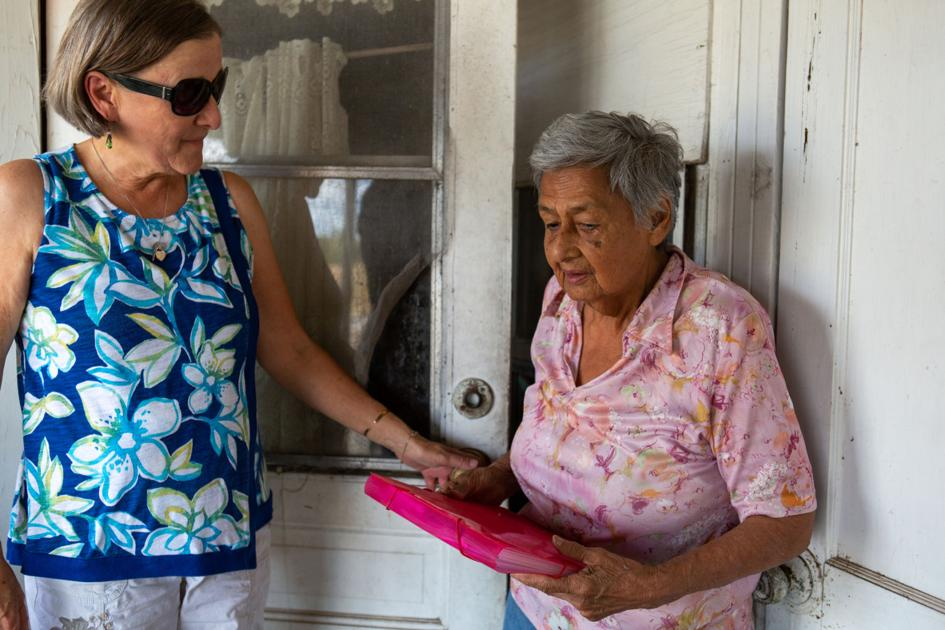 Giving time for community service offers priceless rewards, volunteers agree