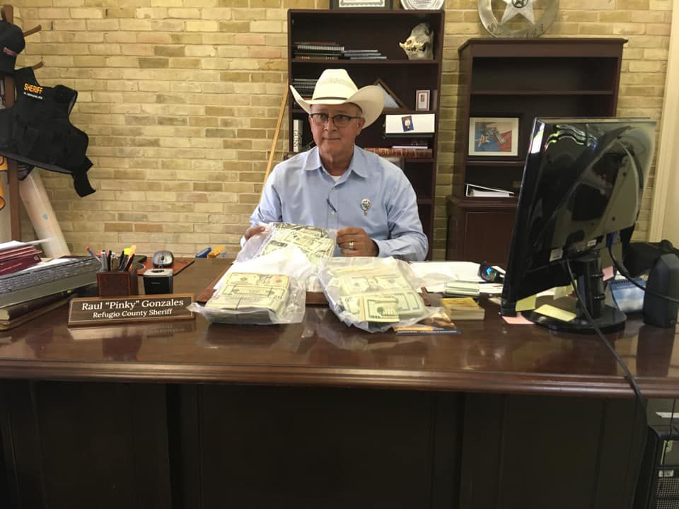 Refugio County deputies seize $131,900 in cash during traffic stop
