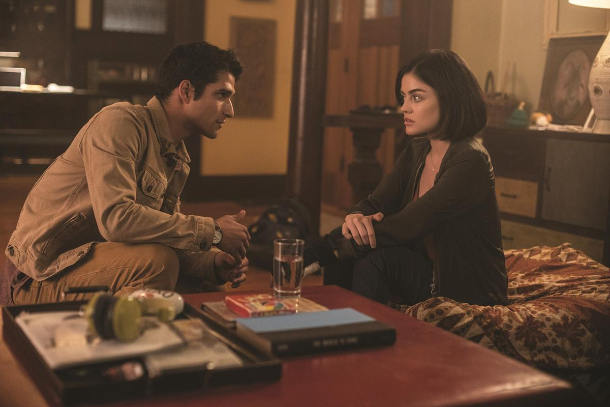 Blumhouse S Truth Or Dare Stars Lucy Hale Tyler Posey Talk With The Vidette News Videtteonline Com