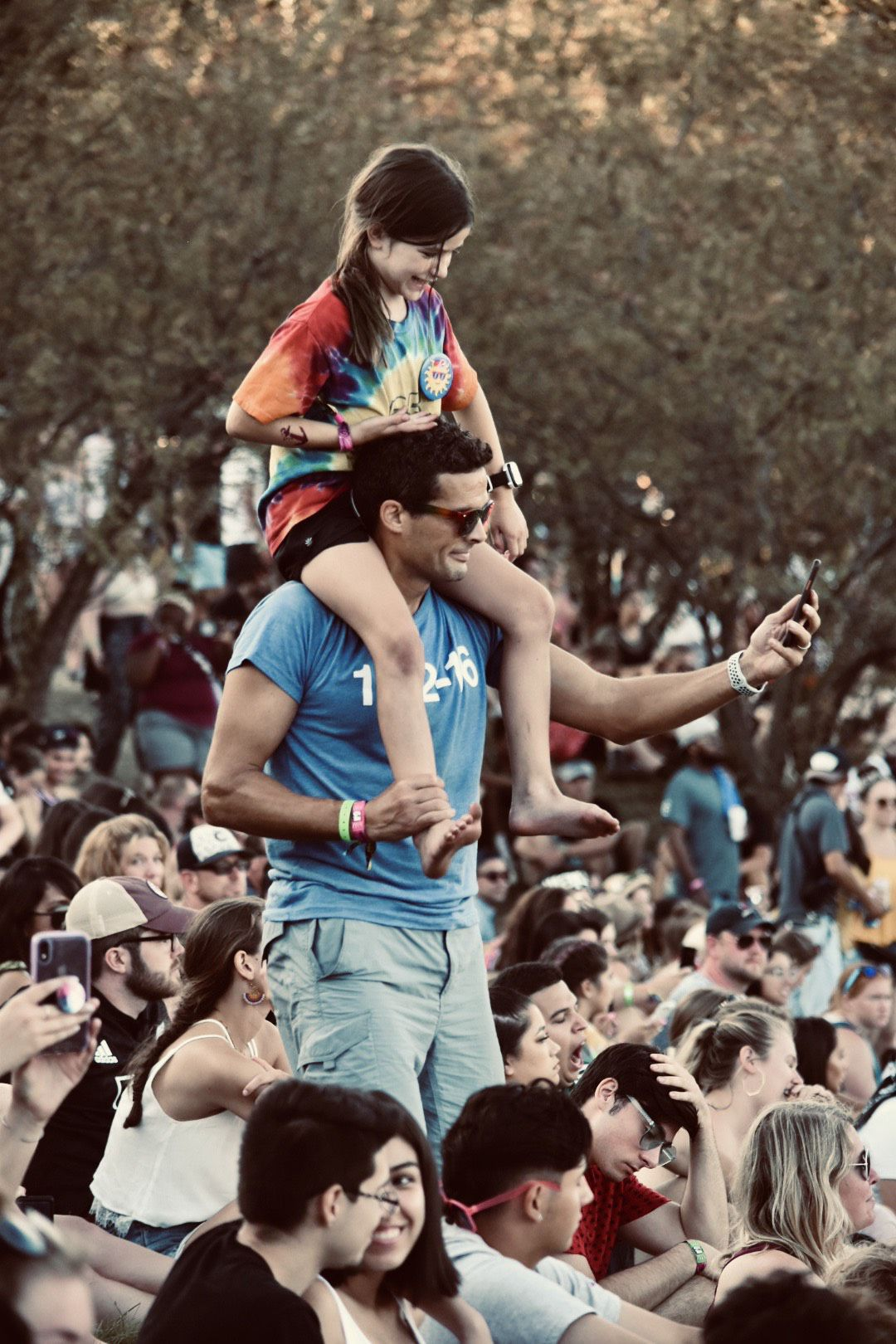 Lollapalooza dad and daughter