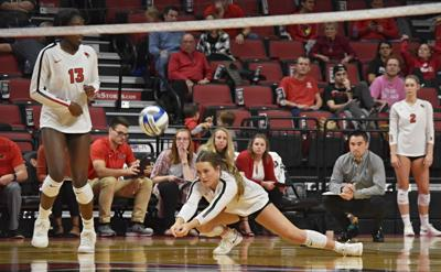 Volleyball drops five-set fight with Bradley
