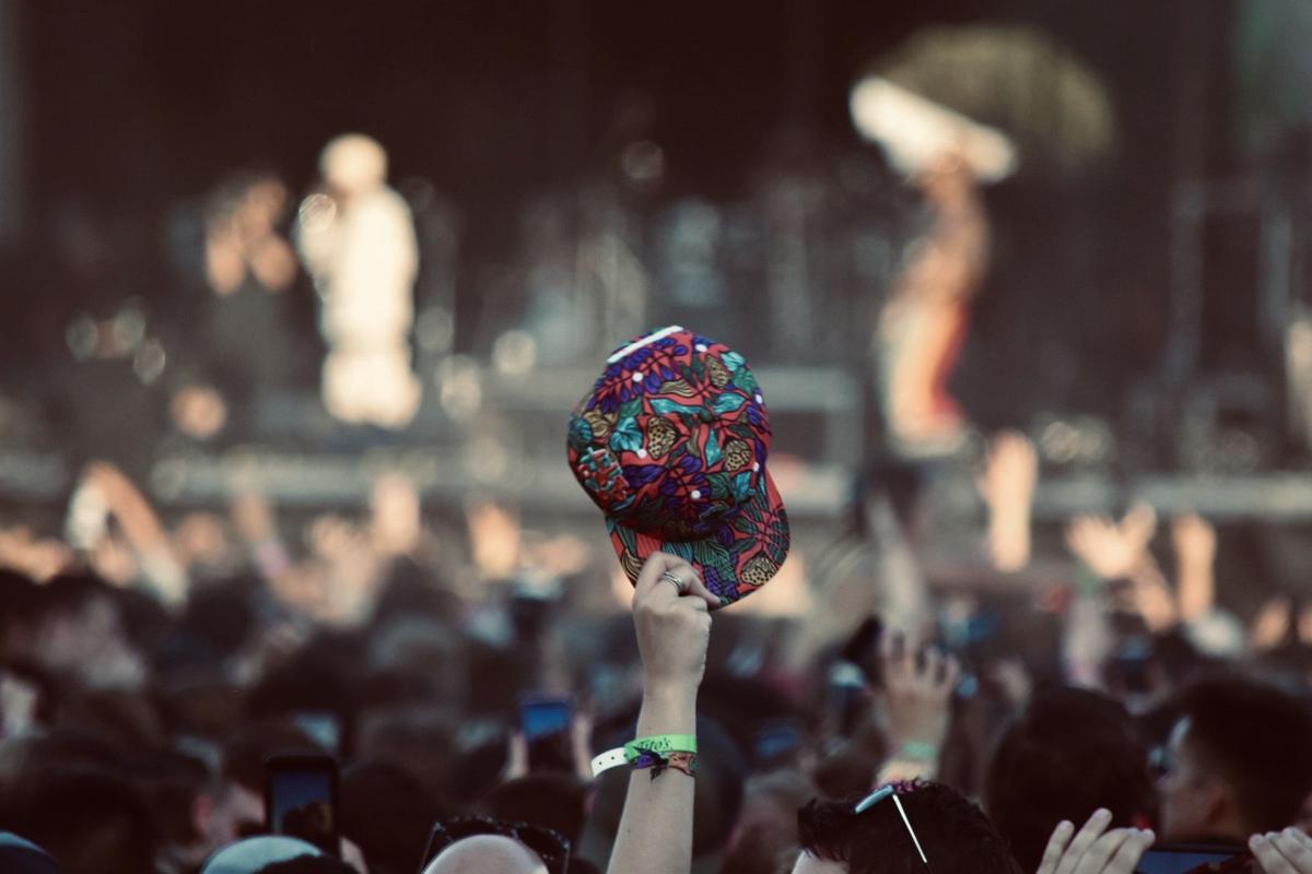 Lollapalooza hat