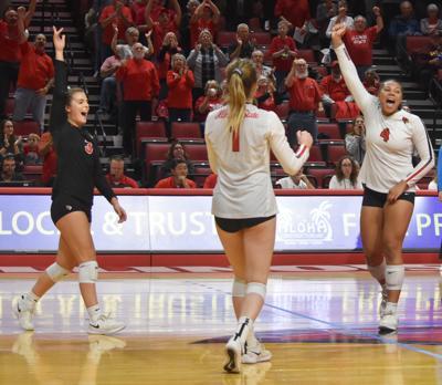 No. 3 Redbirds upset No. 2 Ramblers in MVC volleyball semifinals
