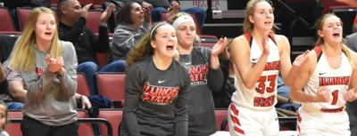 Women's basketball takes down Aces in second straight conference win