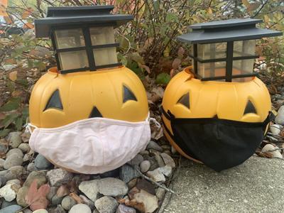 Pumpkins with maks