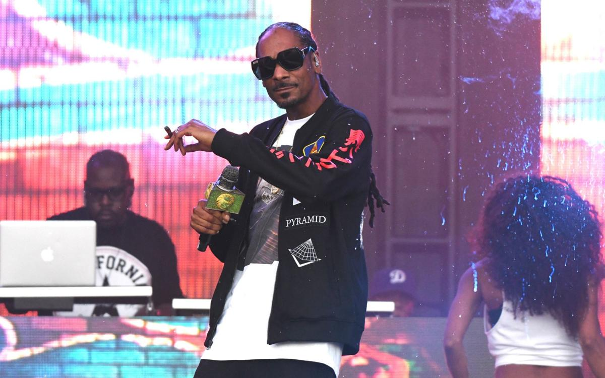 Snoop Dogg To Perform At Normal Corn Crib In September Features
