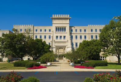 Bradley University president to retire in 2020