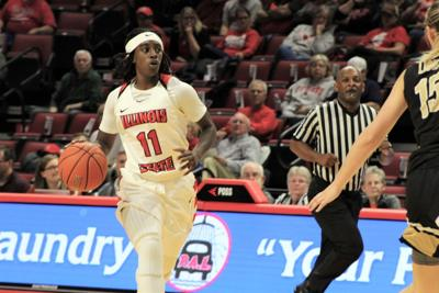 The Redbirds steal a win on the road against Valpo