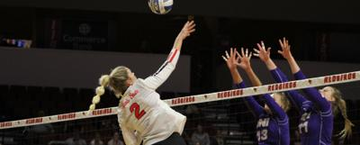 Hickey: MVC volleyball set to conclude regular season