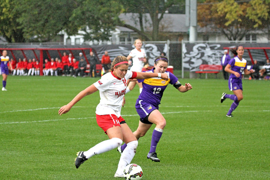 ISU women's soccer remains undefeated in conference play