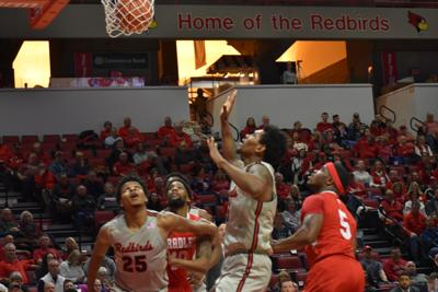 redbirds v bradley_mbb_ fisher under basket