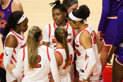 Wbb: huddle