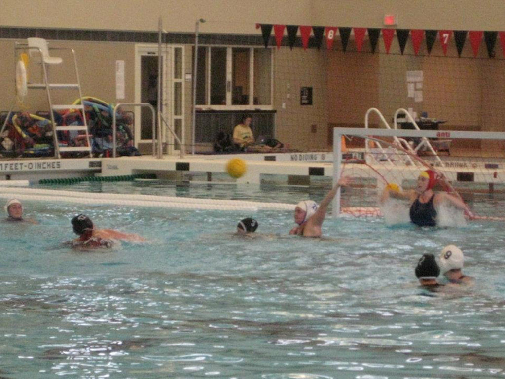 Water polo team promotes sportsmanship