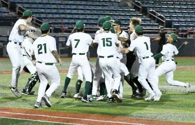 Oh what a feeling … Hawks win district title with big fifth-inning rally