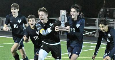 Tigers take district championship following dramatic penalty-kick shootout with West Shore