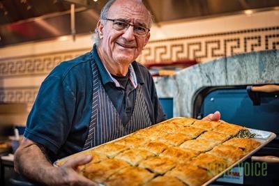 Restaurant brings Greek traditions to Suntree