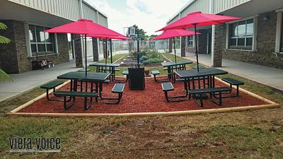 Outdoor classrooms give students options at Suntree Elementary