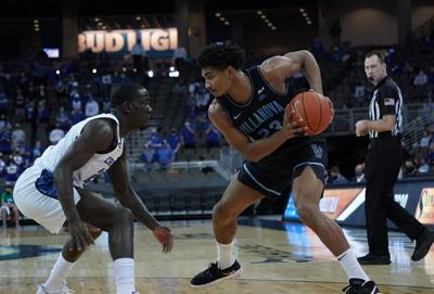 Men's Basketball Takes on Creighton in Top 15 Matchup