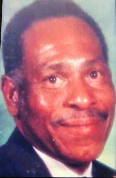 Edwardo Smith Sr.